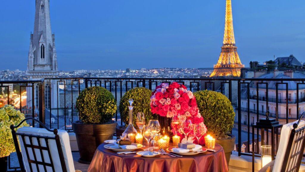 Комбинированные туры во Францию