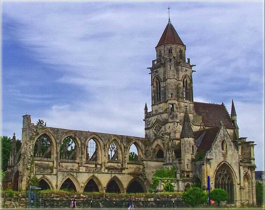 Церковь Сент-Этьен-Ле-Вье